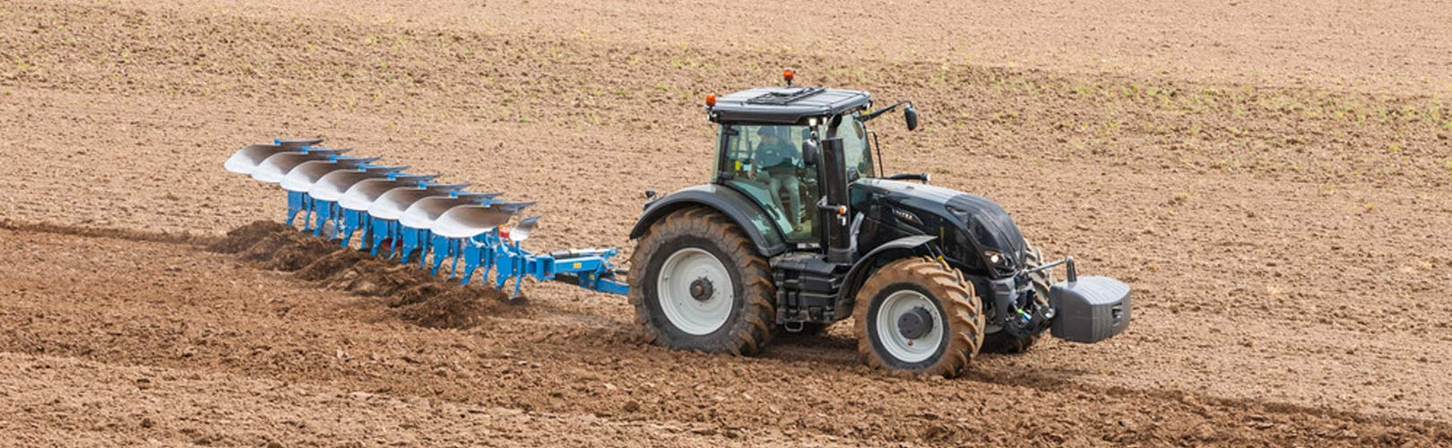 The New Fendt 500 Vario Series in addition New Holland Cr1090 Wheels together with Massey Ferguson Vision Of The Future as well Brugte Maskiner besides Infinity Necklace. on valtra vision