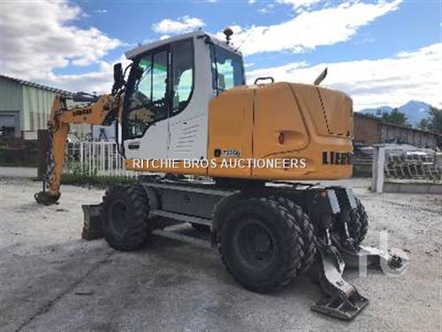 Liebherr A912C COMPACT Mobile excavator