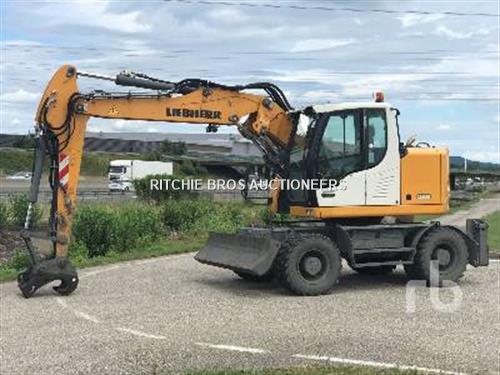 Liebherr A914C COMPACT Mobile excavator