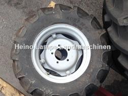 BKT 280/70R16 / Agrimax RT 765