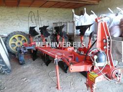 Kuhn VM123