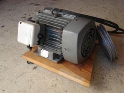 JEUMONT-SCHNEIDER Moteur élèctrique 3 cv