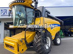 New Holland CX 6.90 LATERALE