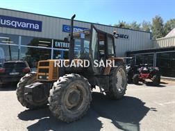 Renault Tracteur agricole 110-14 Renault