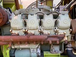Divers Mercedes Benz v8 motor