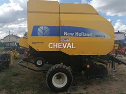 New Holland BR 7070