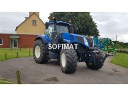 New Holland T8320