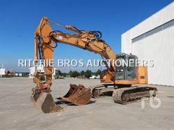 CASE Construction CX225