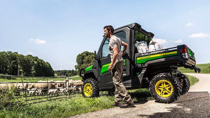 Quads utilitaires - John Deere Gator XUV: une cabine au top
