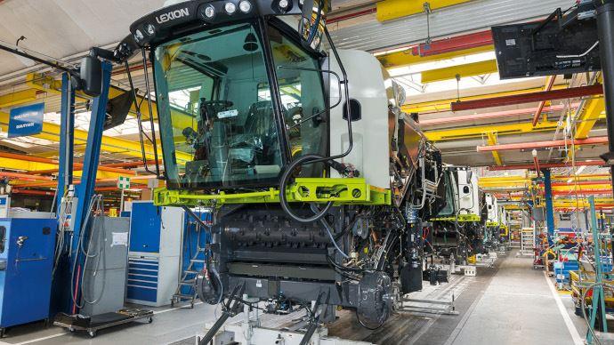 Covid-19 - La fabrication de machines de récolte et de tracteurs reprend chez Claas