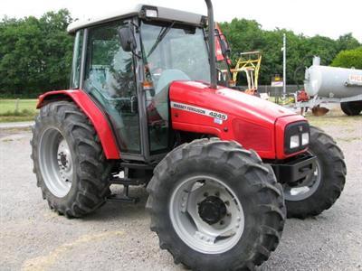 La cote agricole d'occasion tracteur - Massey Ferguson 4245, simple et efficace